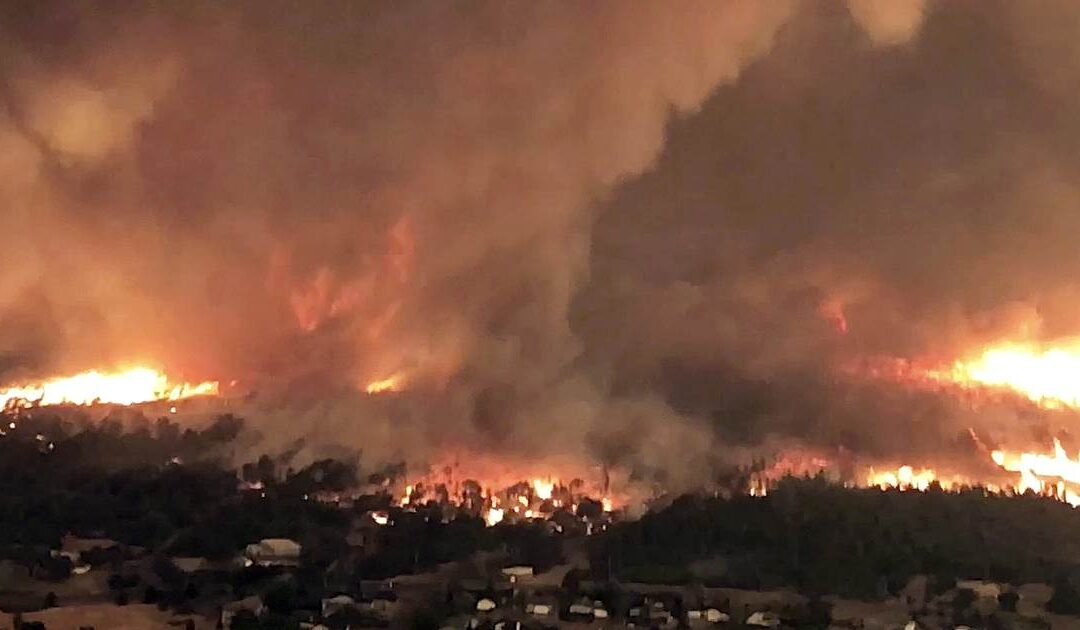 Rare 'firenado' spotted in California as heat wave scorches state