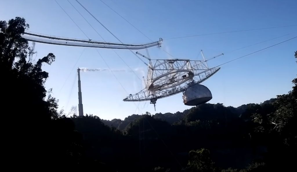 The Arecibo Observatory collapsed on Tuesday and the whole thing was captured on video